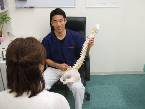 ひまわり中央整骨院は、交通事故治療を専門的に行う八潮市で唯一の治療院です。